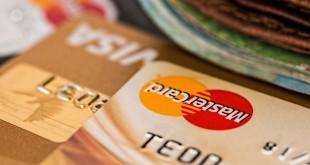 Oblíbenost platebních karet v ČR stále roste